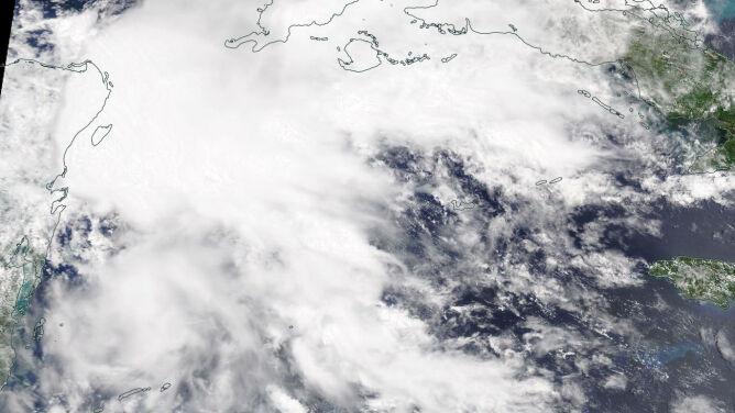 Sezon huraganowy jeszcze się nie rozpoczął, a już burza Alberto zmierza nad Zatokę Meksykańską