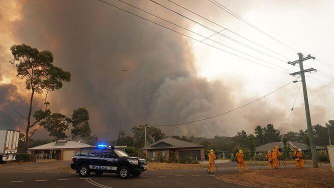 """Zmiany klimatu a pożary w Australii i ekstremalna pogoda. """"Czy powinniśmy się martwić? Tak, i to bardzo"""""""